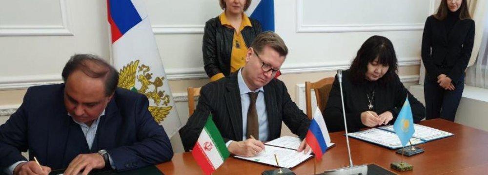 Iran, Russia, Kazakhstan Sign Deal on Wheat Trade