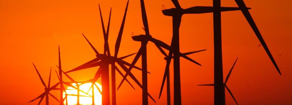 Amazon, Google Battle for Renewables Crown