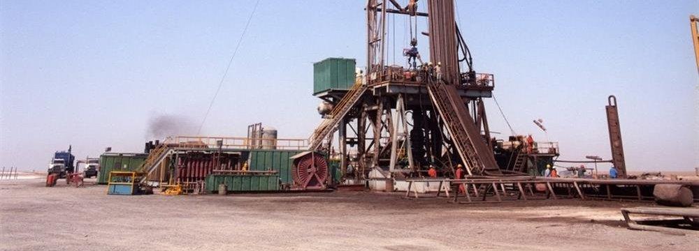 Azar Oilfield Output to Reach 30,000 bpd