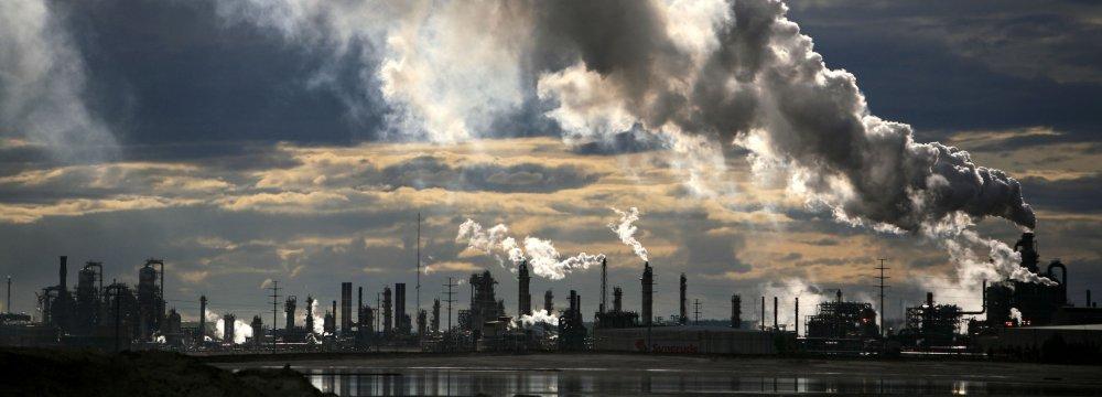 British Gov't Criticized for Fossil Fuel Spending
