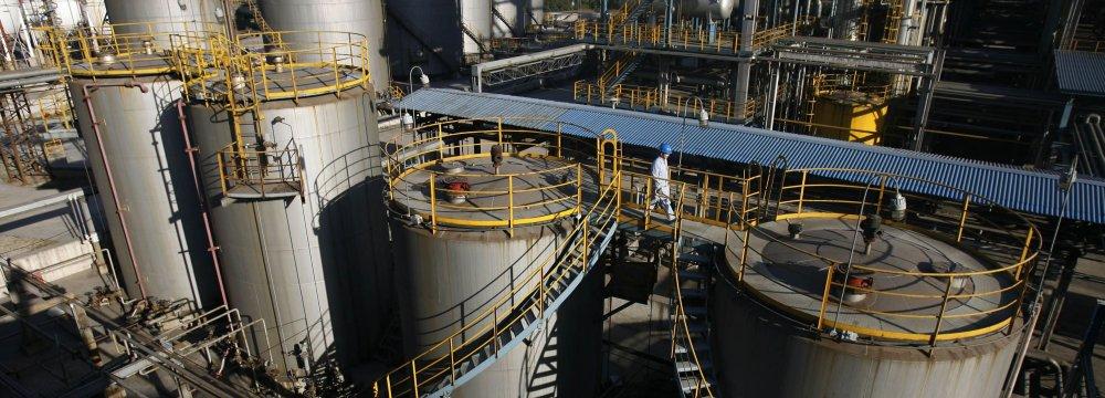 China Replenishing Gas Supplies Ahead of Icy Blast
