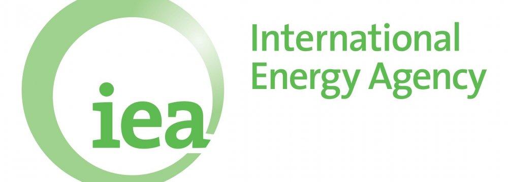 IEA: Crude Market to Rebalance