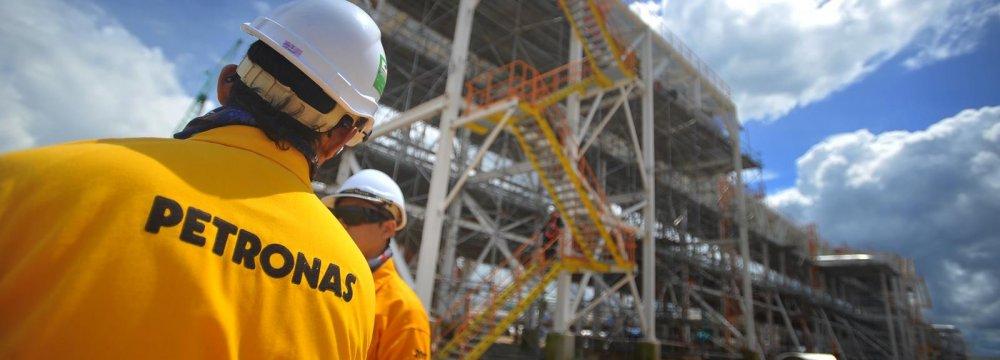 Petronas Proposal for Azadegan Project