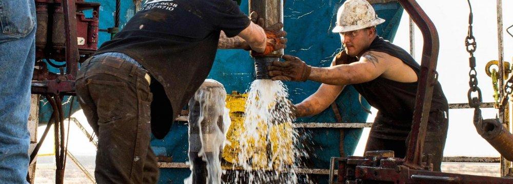 S. Arabia's Falih: 50% of Excess Oil Remain