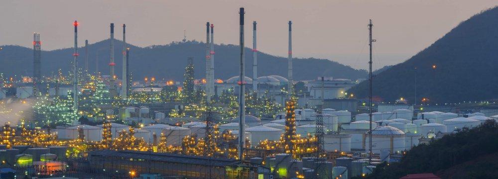 Saudis Expect Crude Revenues to Increase
