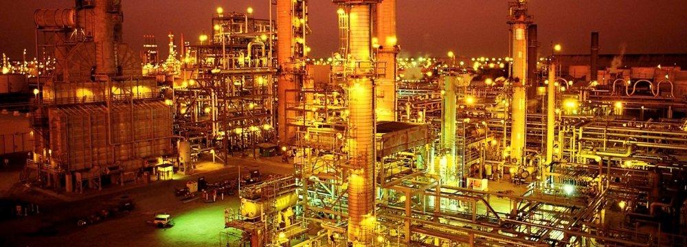 Iran's Star Refinery to Boost Euro-4 Gasoline Supply