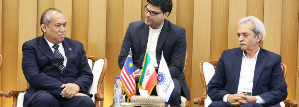 GholamhosseinShafei(R) and Rustam Bin Yahaya