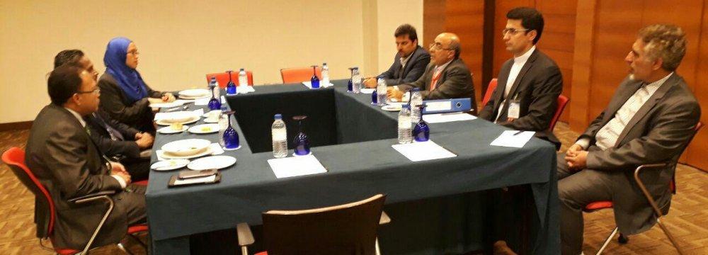 Iran, Malaysia to Boost Banking Collaboration