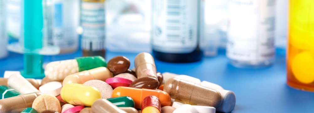 Some 60 pharmaceutical plants produce 40 billion drug units each year, meeting 96% of domestic demand.