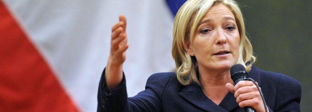 Le Pen Aides Taken Into French Police Custody