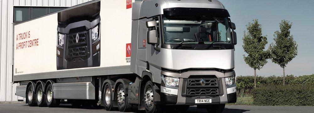 Renault Trucks Dealer Unveils New Model