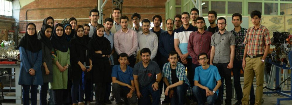 Iran University Students Develop Solar Car