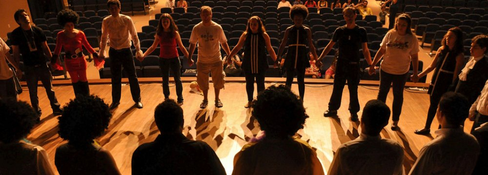 Saveh to Host Scientific Conference on Drama Therapy