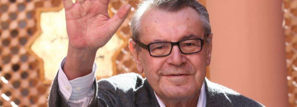 Oscar-Winning Director Milos Forman Dies at 86
