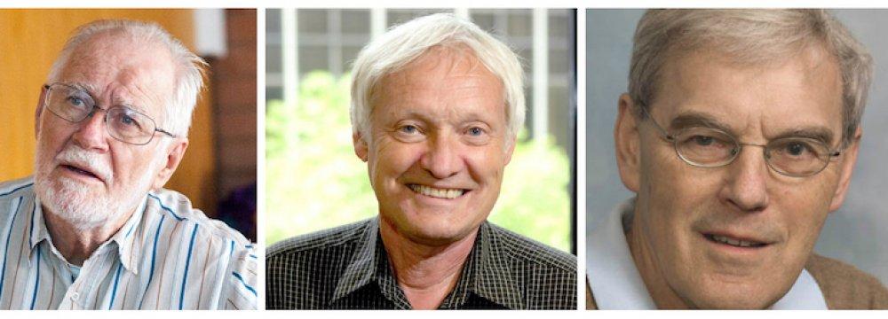 Jacques Dubochet (L), Joachim Frank (C) and Richard Henderson