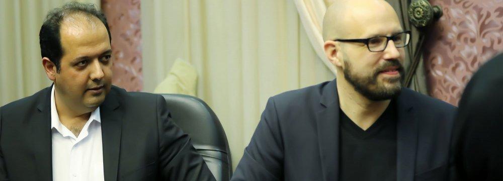 Christopher von Deylen (L) and Mehdi Kashi