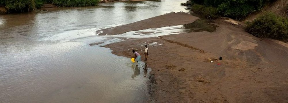 Zimbabwe Seeks Foreign Aid for Flood Victims