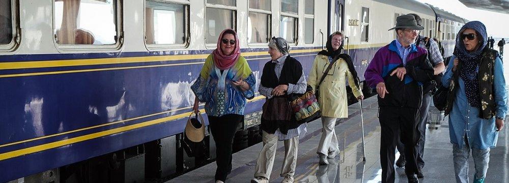 Int'l Tourist Train Planned