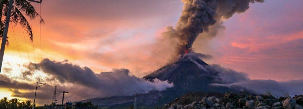 Volcano Hots Up Economy of Philippine's Poor Province
