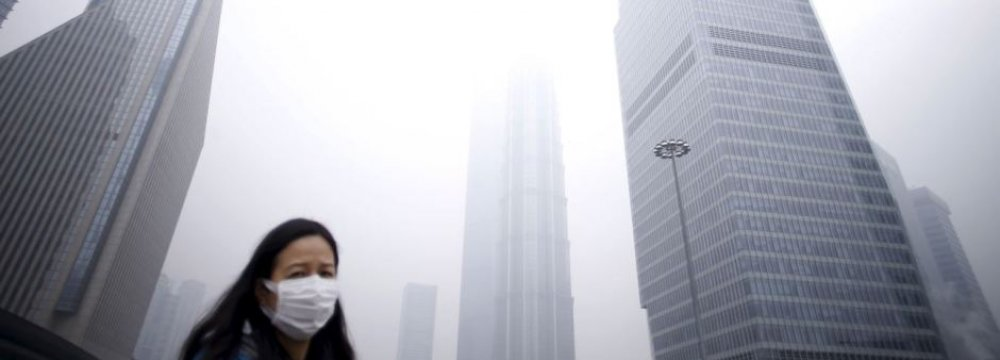 China Vows  to Tackle  Air Pollution
