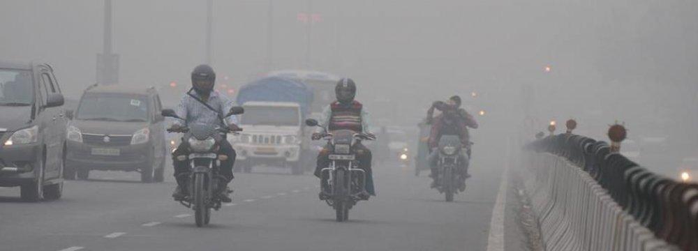 10m Vehicles Choking Delhi
