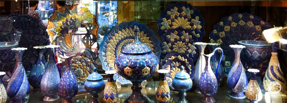 Handicrafts Export on Growth Path