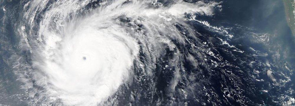 Hurricane Norman to Hit Hawaii