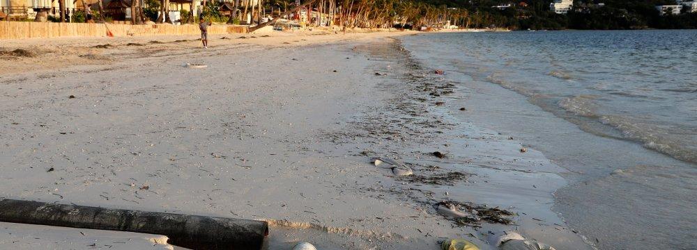 Philippines Policing Resort Island Before Shutdown