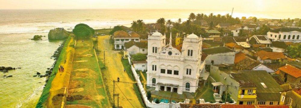 Sri Lanka Aims to Build   Travel Hub in South Asia