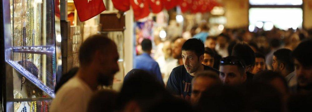 Turkish Tourism Makes a Comeback Thanks to Lira Freefall