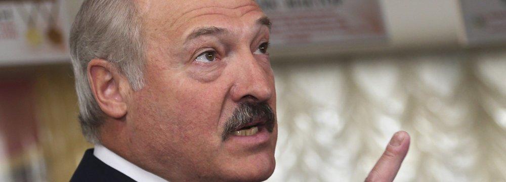 Belarus Economy Sinks, Cabinet Fired