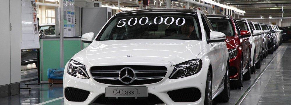 China's Geely Buys $9 Billion Daimler Stake