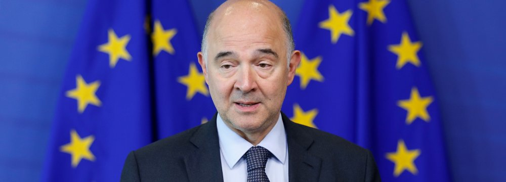 EU Tells Italy to Cut Debt, Warns of Euro Spillover