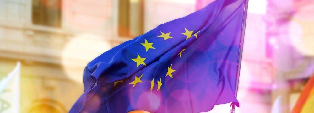 Eurozone Trade Dips