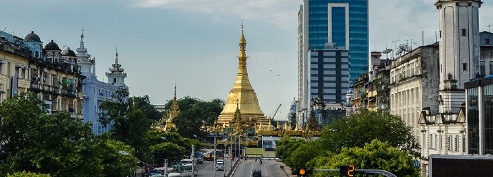 IMF Sees Economic Revival in Myanmar