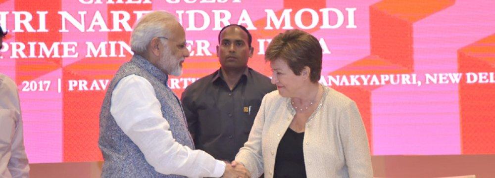 Narendra Modi (L) welcomes Kristalina Georgieva in New Delhi, Nov. 4.