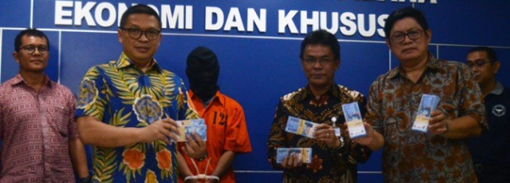 Indonesia Destroys Counterfeit Money