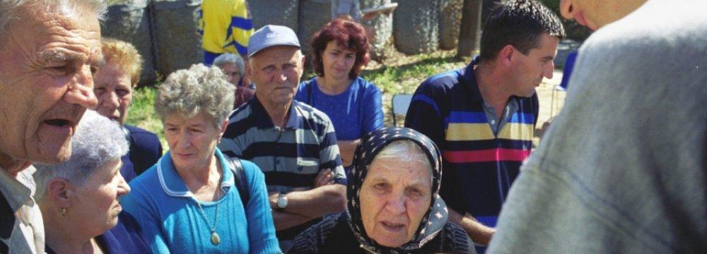 Kosovo Voters Focus on Economy
