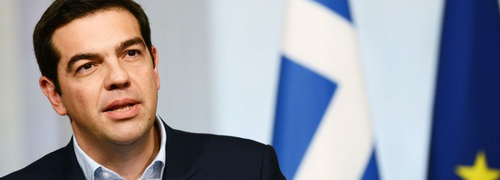 Tsipras Warns IMF, Germany to Stop Playing With Fire
