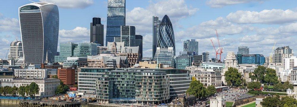"""UK Economy Reverses From """"Hero to Zero"""""""