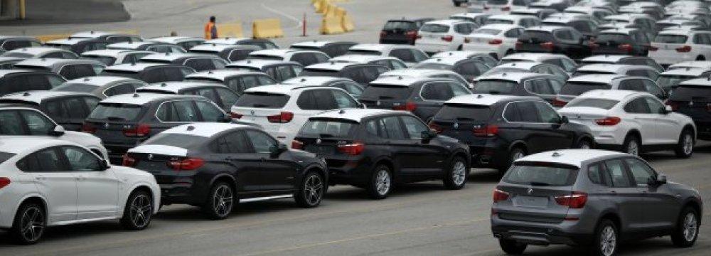 Trump Threatens 20% Levy on All European Cars