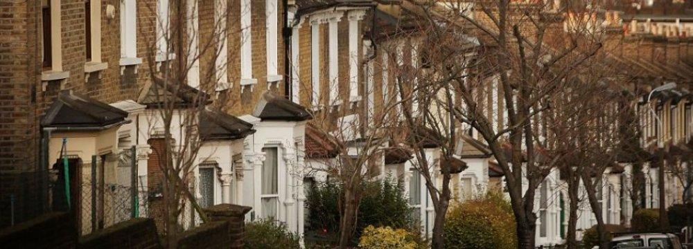 UK Mortgage Lending Up 6.4%