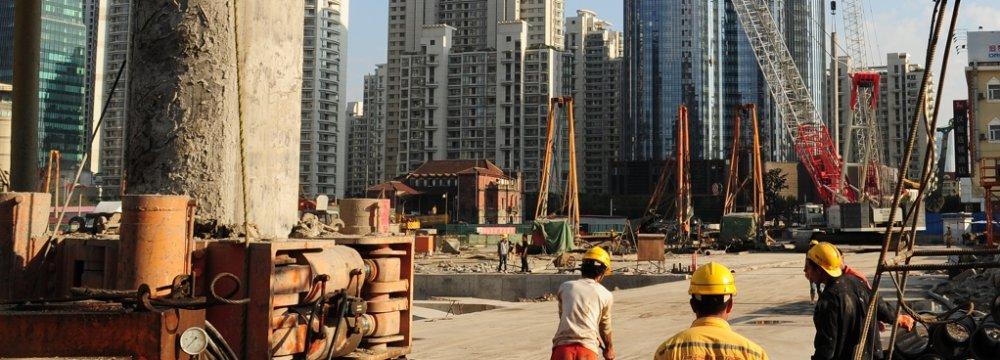 US Economist Says China's Performance Impressive