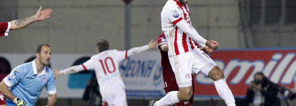 Ansarifard Leading Scorer in Greece Superleague
