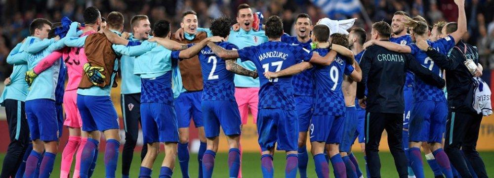 Croatia squad celebrates the World Cup berth.