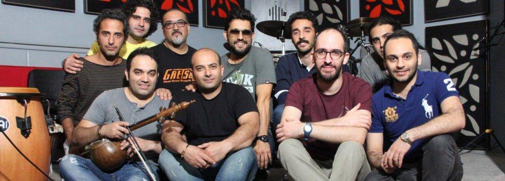 Darkoob band with Hamed Behdad (wearing sunglasses)