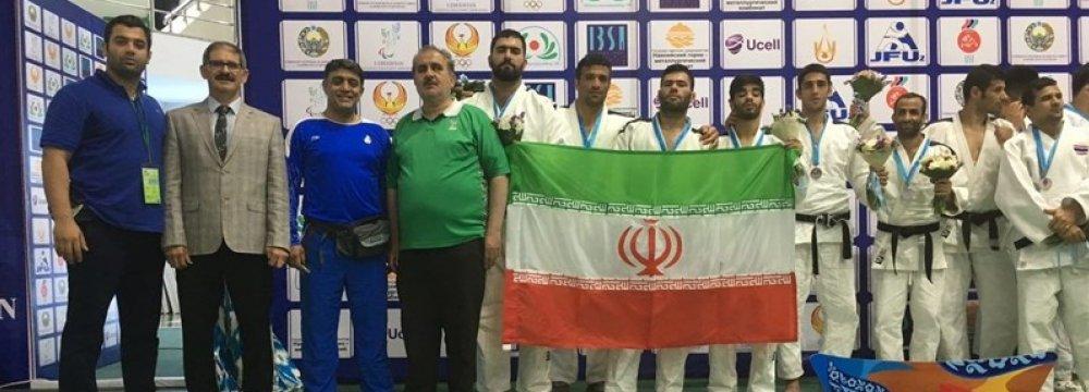 Iranian judo fighters in Turkey