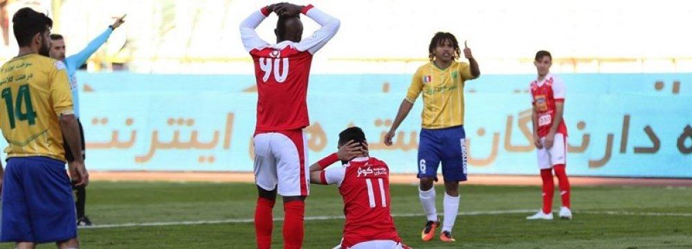 Sanat Naft Abadan Eliminates Persepolis in Hazfi Cup