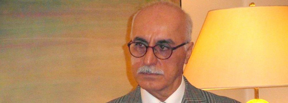 Darioush Moadabian