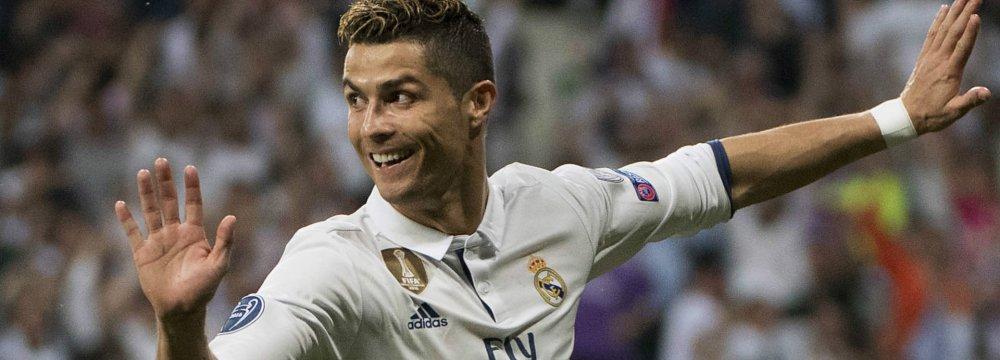 Ronaldo Ready for El Clasico